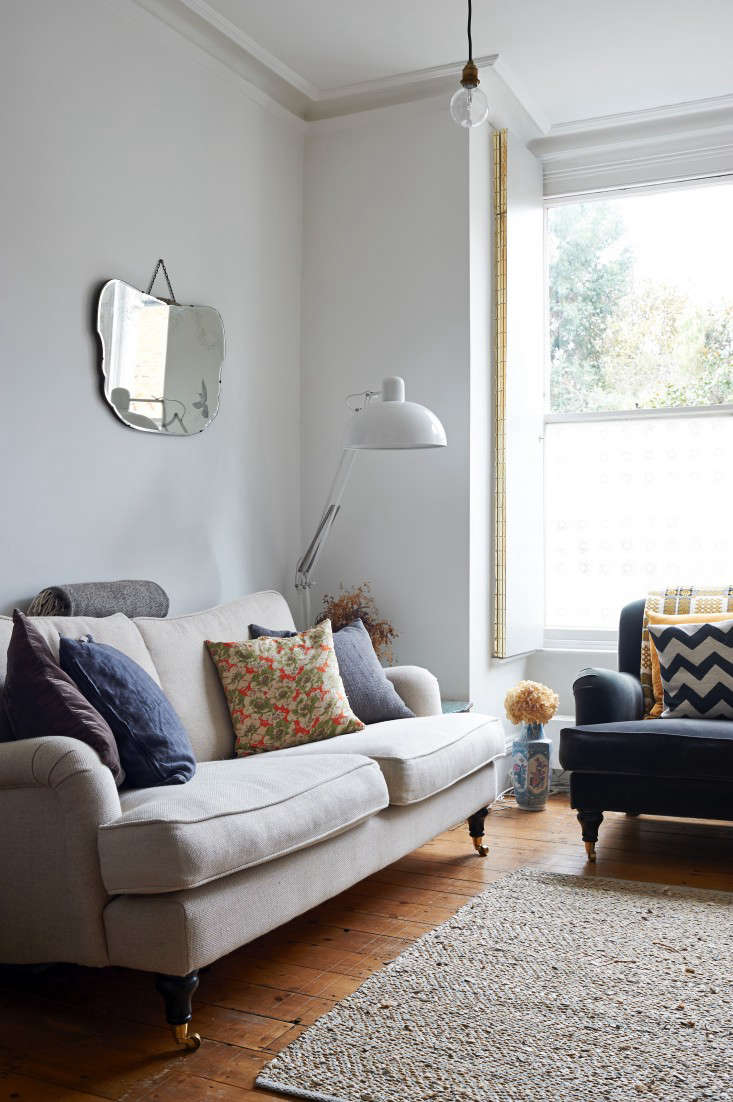 Expert Advice: How to Buy a Couch that Will Last: An Insider Guide