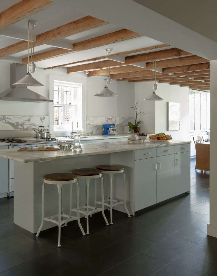 Annabelle-Selldorf-Brooklyn-kitchen-renovation-overview-Remodelista