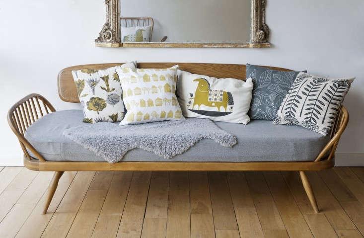 Annie-Sloan's-Room-Recipes-Retro-London-Home-Remodelista-03