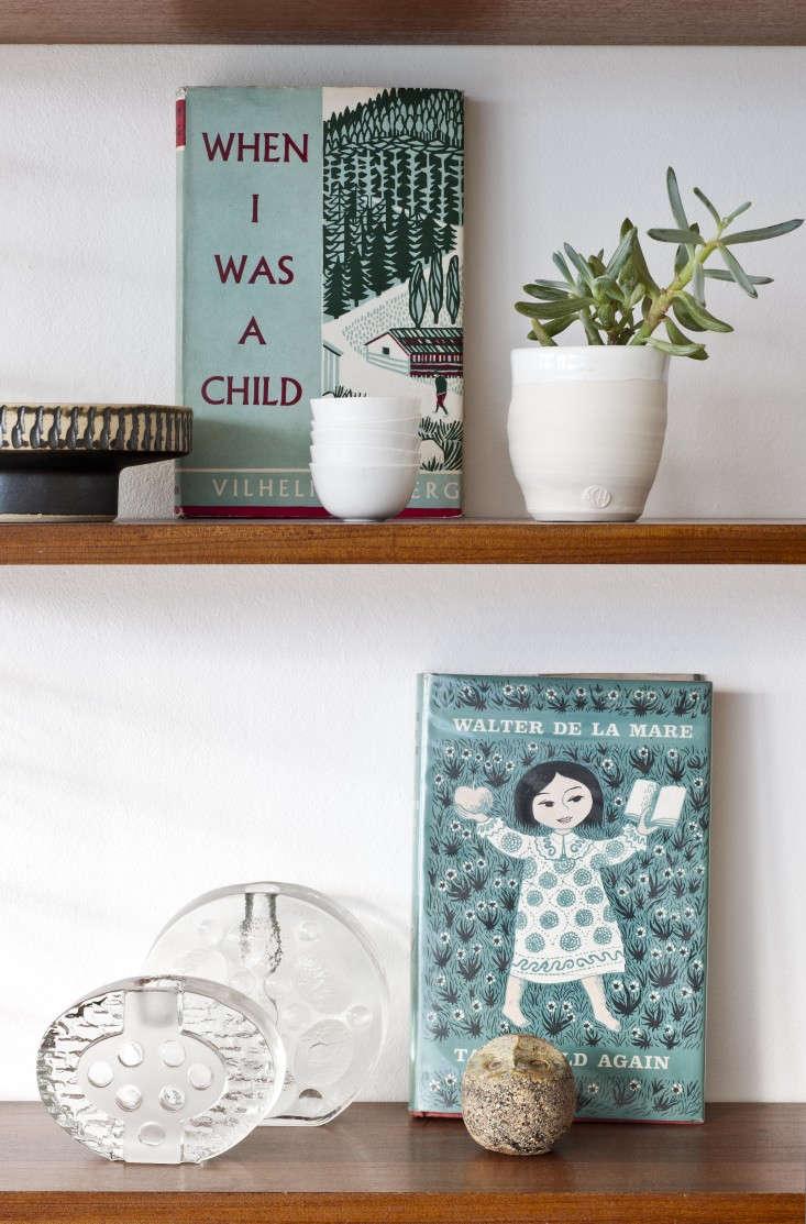 Annie-Sloan's-Room-Recipes-Retro-London-Home-Remodelista-08