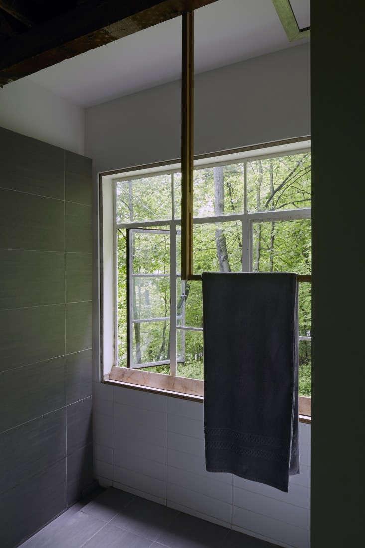 Architect-Takaaki-Kawabata-Hudson-Valley-house-Mikiko-Kikuyama-Remodelista-23