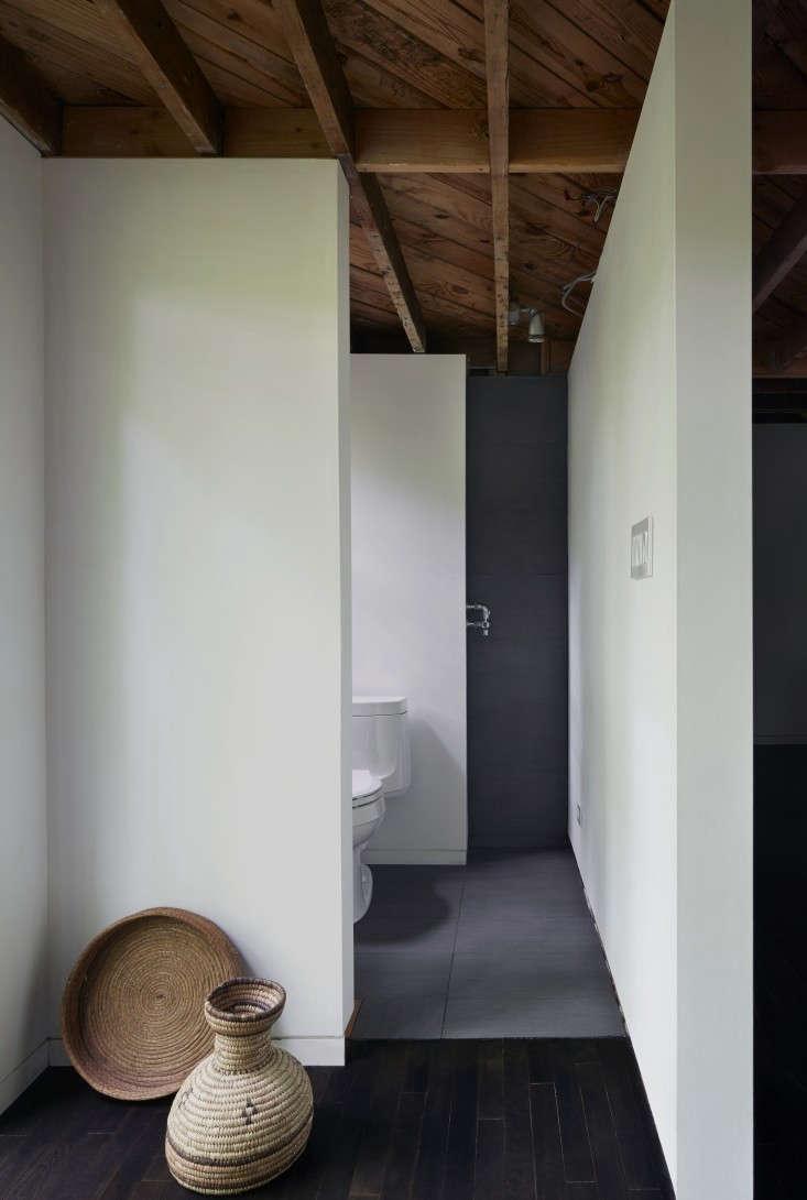 Architect-Takaaki-Kawabata-Hudson-Valley-house-Mikiko-Kikuyama-Remodelista-24