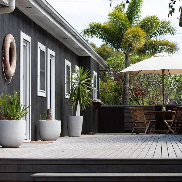 Atlantic-Byron-Bay-Driftwood-Cottage-Australia-Remodelista-02