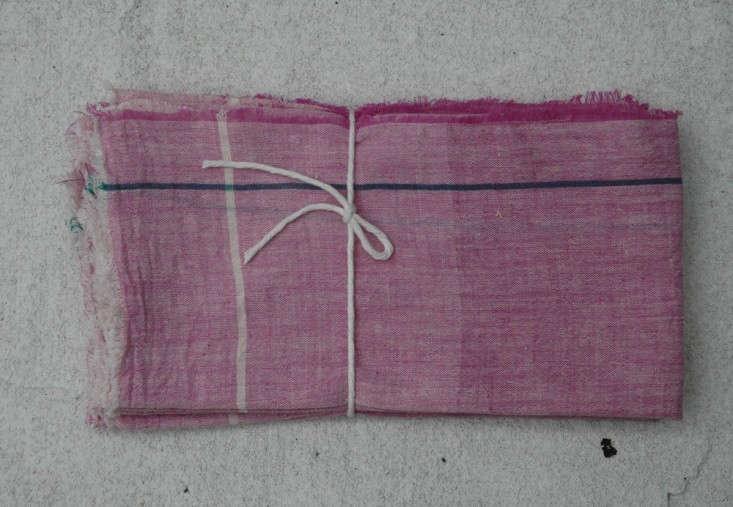 Auntie-Otie-large-napkin-set-pink-Remodelista