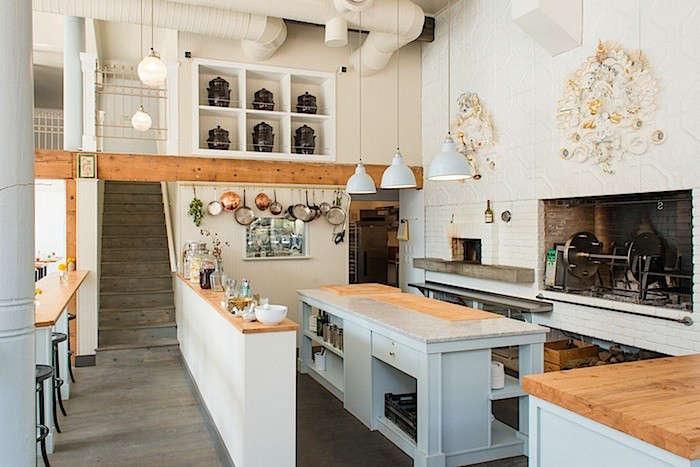 Bar-sajor-kitchen-wide