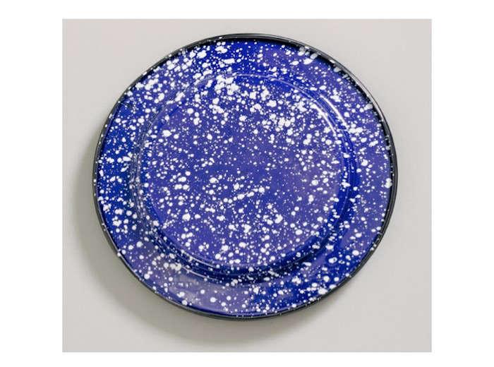 Barn-Light-Electric-Porcelain-Enamelware-Plates-Remodelista