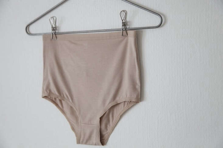 Base-Range-High-Waist-Pants-Nude-Remodelista-02