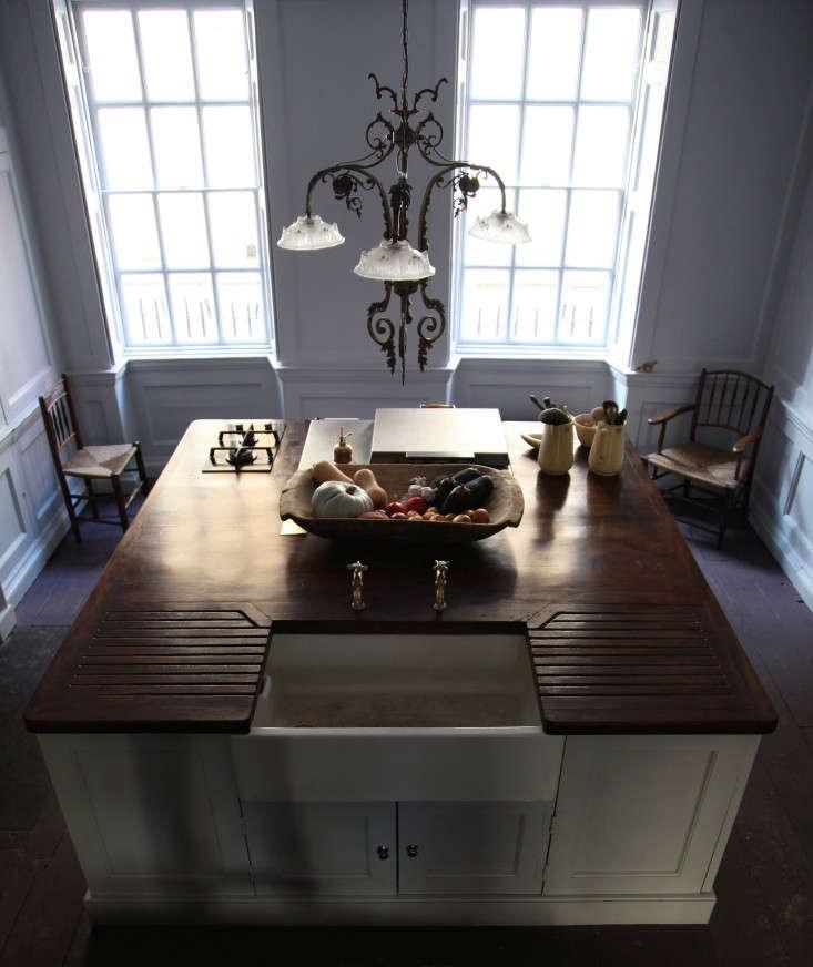 Berdoulat-&-Breakfast-kitchen-Remodelista