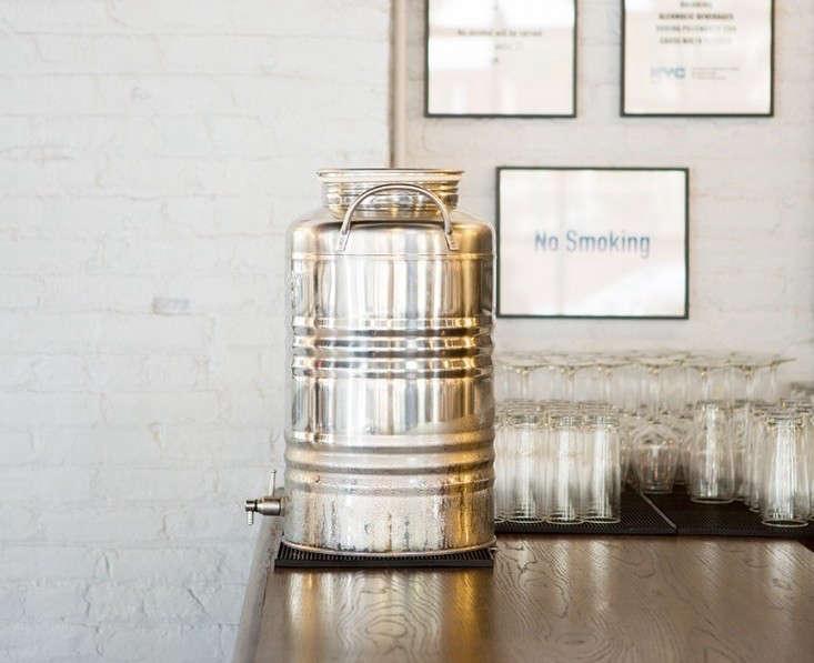 Berg'n-Beer-Hall-Brooklyn-Annabelle-Selldorf-Douglas-Lyle-Thompson-Remodelista-02_0