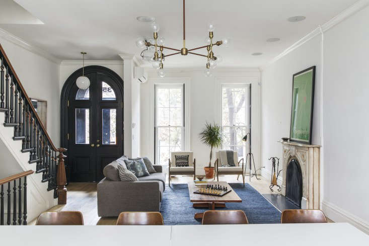 Brooklyn revival a bright and open family house by for Living room 101 atlantic ave boston