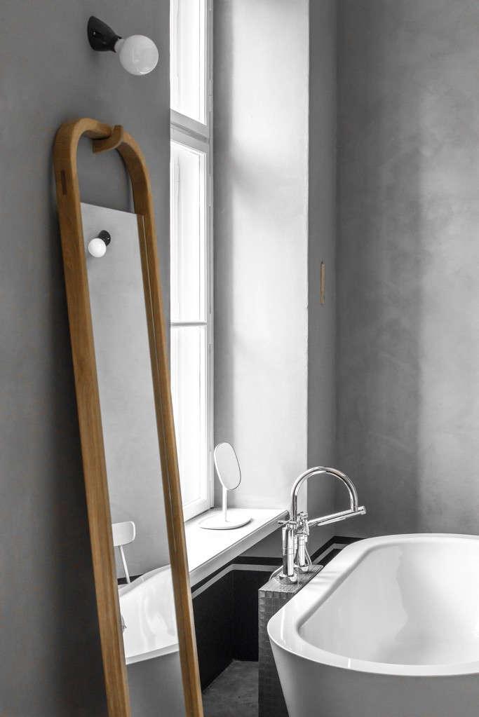 Berlin-house-remodel-by-Jacek-Kolasinski-Loft-Remodelista-4