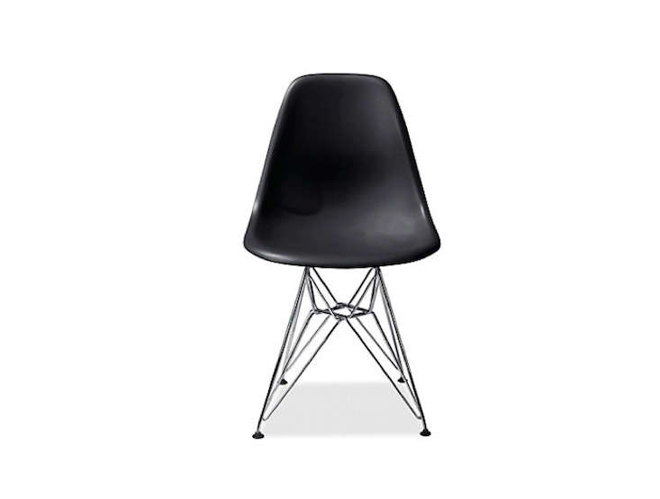 Black-Molded-Eames-Chair-Room-and-Board-Remodelista