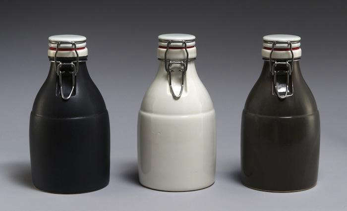Black-White-and-Grey-Growlers