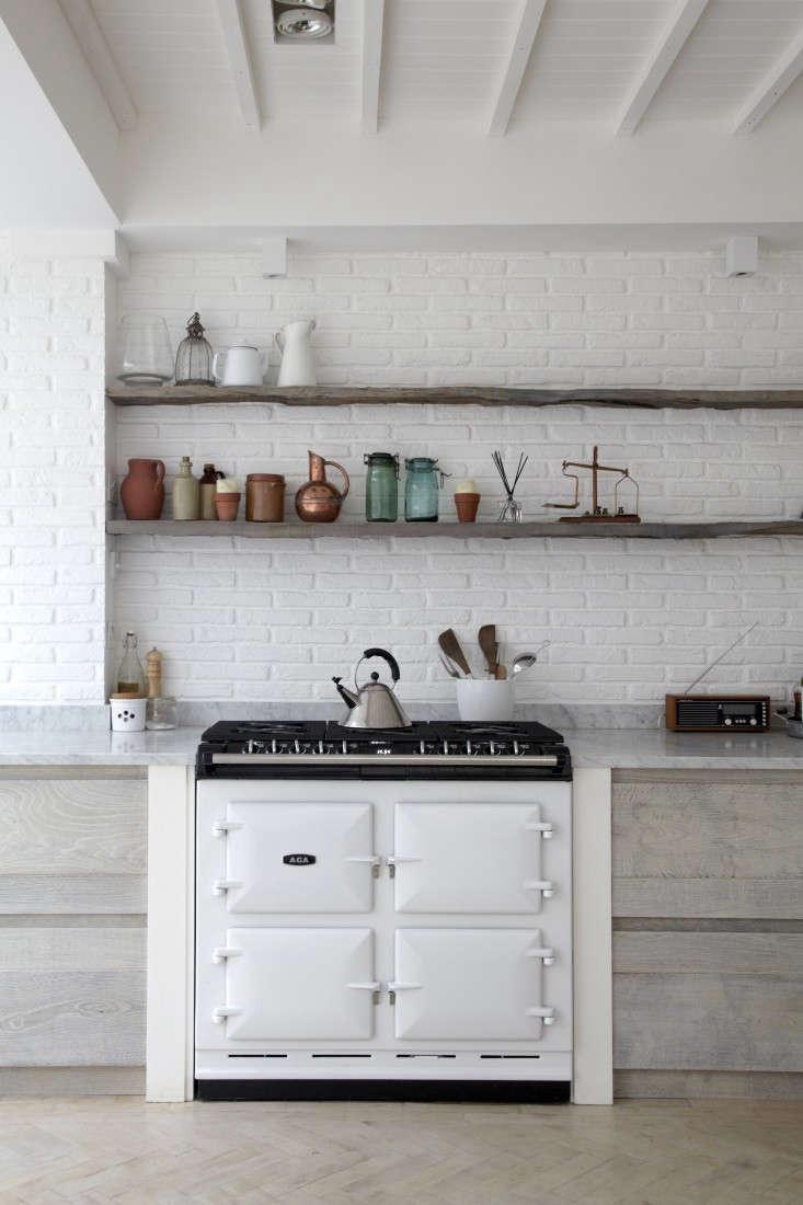 Blakes-London-Scandi-Reno-Kitchen-Remodelista-08