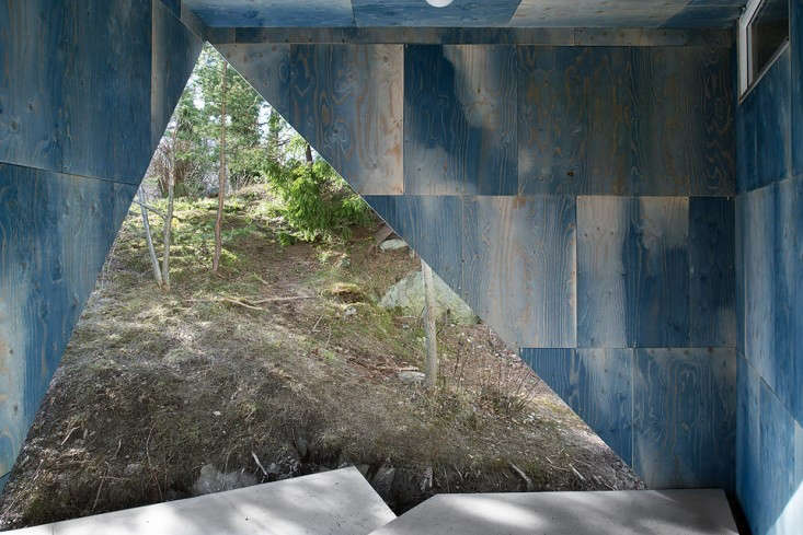 Blue-Plywood-House-Sweden-Tommy-Carlsson-Remodelista-07