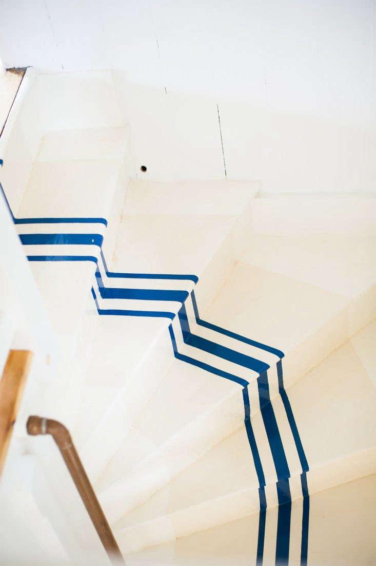 Blue-stripe-stair-Remodelista-02