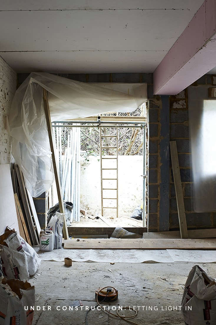 Blunden-von-Simson-Parsons-Green-Under-Construction-Jonathan-Gooch-Labeled-Remodelista-01