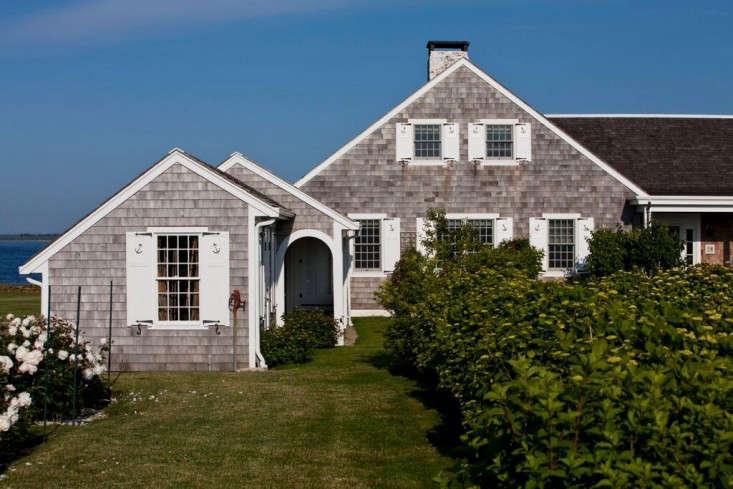 Brewster-House-Little-Compton-RI-Remodelista