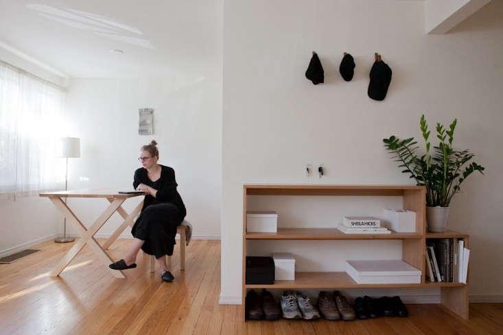 Caitlin-Emeritz-House-Visit-Michael-Muller-Remodelista-04