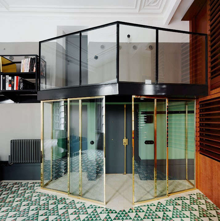 Carrer-Avinyo-David-Kohn-Architects-Barcelona-photo-Jose-Hevia-Blach-Remodelista-02