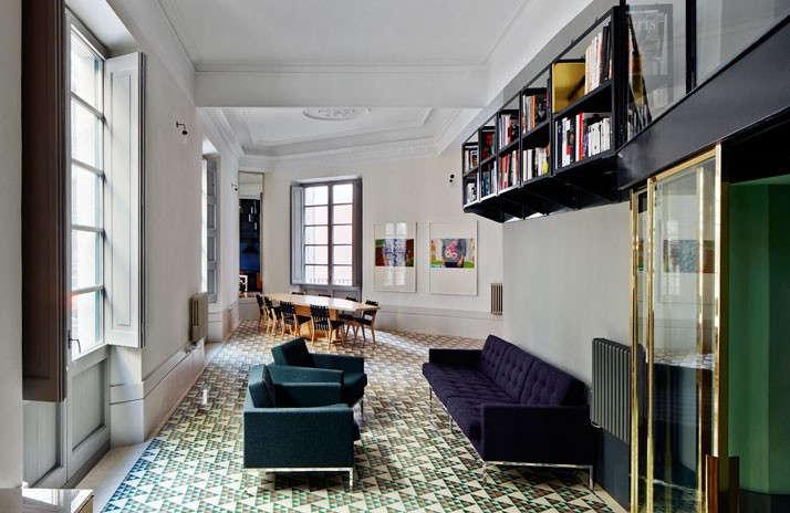 Carrer-Avinyo-David-Kohn-Architects-Barcelona-photo-Jose-Hevia-Blach-Remodelista-03