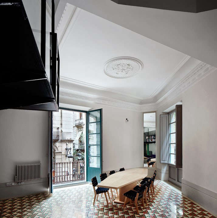Barcelona Apartments San Jose: Apartment Transformation: Brotherly Love In Barcelona