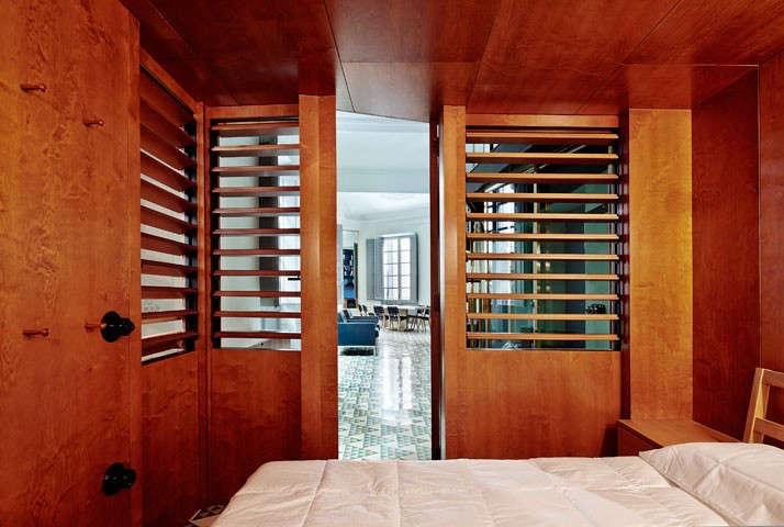 Carrer-Avinyo-David-Kohn-Architects-Barcelona-photo-Jose-Hevia-Blach-Remodelista-08