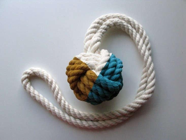 Cassandra-Smith-nautical-knot-Haus-Interior-7-via-Remodelista