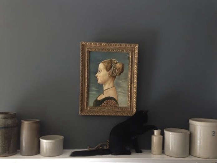 Cat-Gift-Carl-On -Izabellas-Mantel-01-Remodelista
