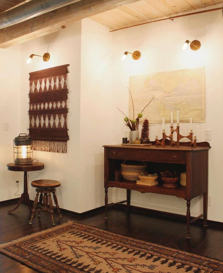 Cedar-and-Moss-lighting-Tilt-Long-sconce-Remodelista