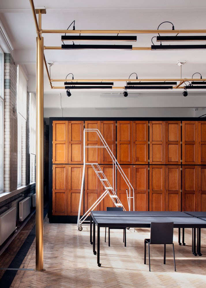 Clothworkers-Centre-for-Textiles-and-Design-Yatzer-Remodelista-02