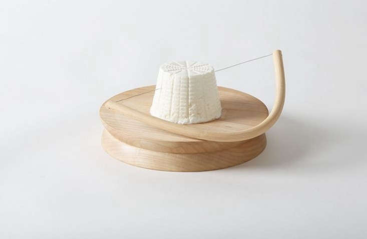 Coltellerie-Berti-Cheese-Reed-Archetto-Bow-from-March-SF-Remodelista