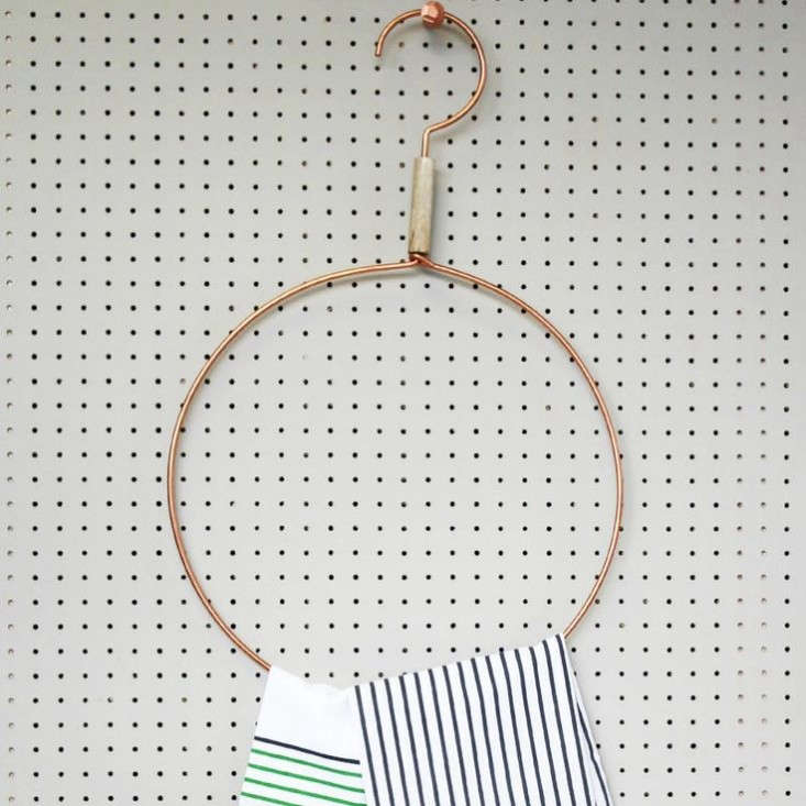 Copper-Round-Scarf-Towel-Hanger-Posh-Totty-Remodelista
