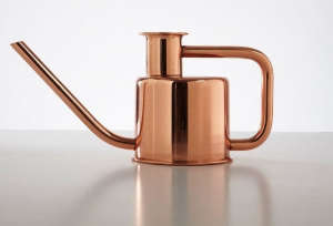 Kontextur Copper Watering Can Gardenista