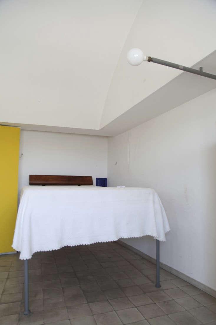 Corbusier-Atelier-Paris-Alexa-Hotz-Remodelista-01