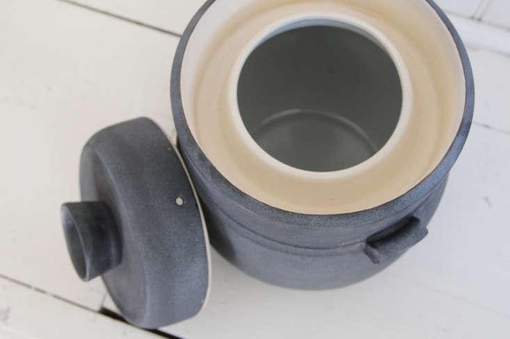 Counter-culture-pottery-fermentation-pot-black