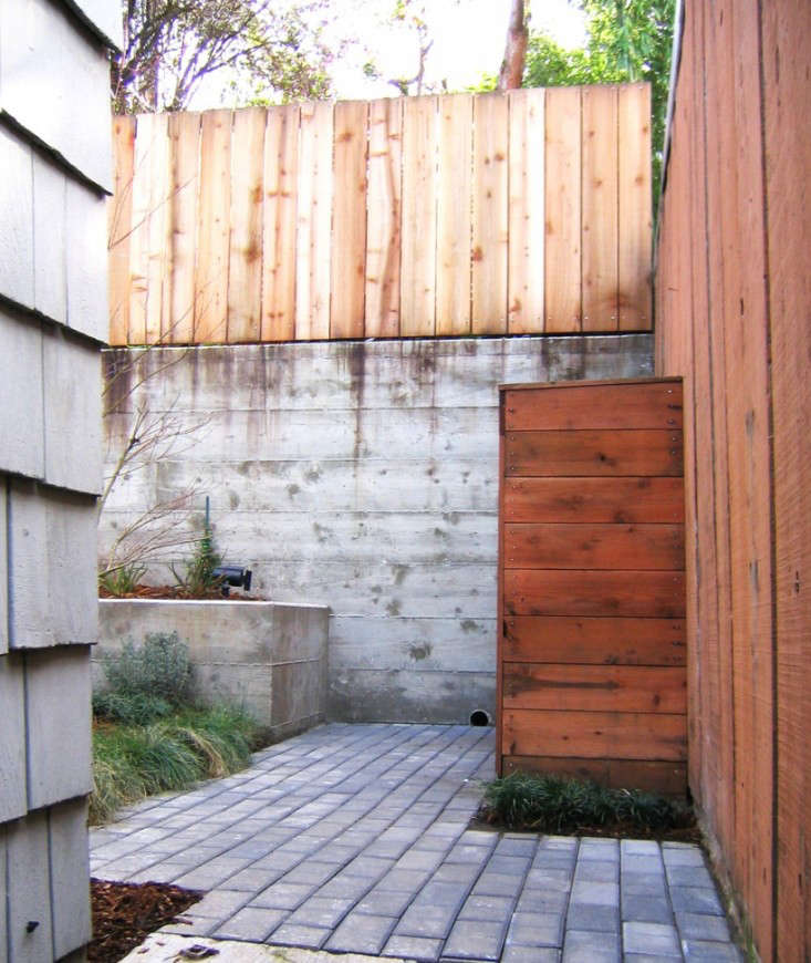 Creo Landscapes Montezuma Residence With Concrete and Wood Gardenista