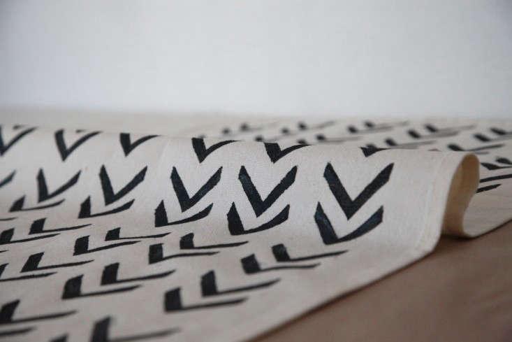 DIY-Block-Printing-Tea-Towels-Darby-Smart-Kit-Remodelista-09