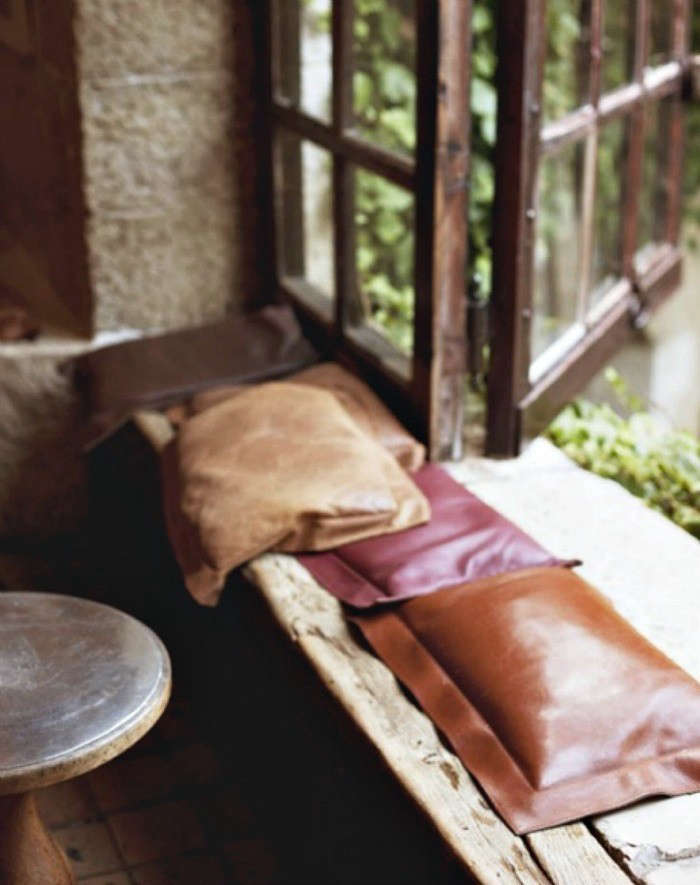 DIY-Leather-Pillows-Red-and-Brown