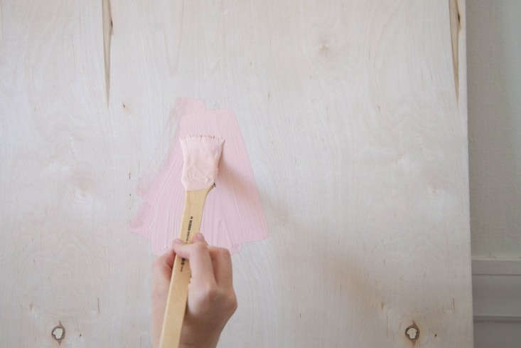 DIY-Painted-Wooden-Headboard-Remodelista-5