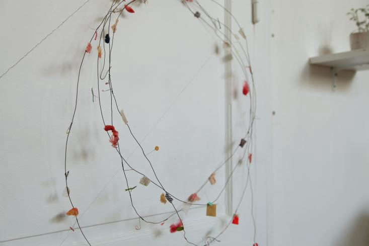 DIY-Wire-Garland-Cecile-Daladier-02