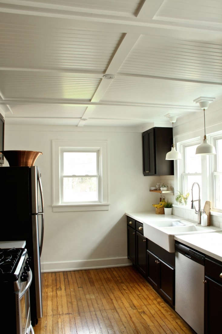 DIY-beadboard-kitchen-ceiling-via-Lifestyle-and-Design-Online-Remodelista