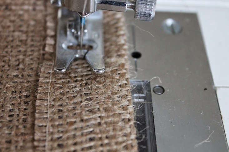 DIY-burlap-window-panels-in-progress-by-Caitlin-Long-The-Shingled-House-Remodelista