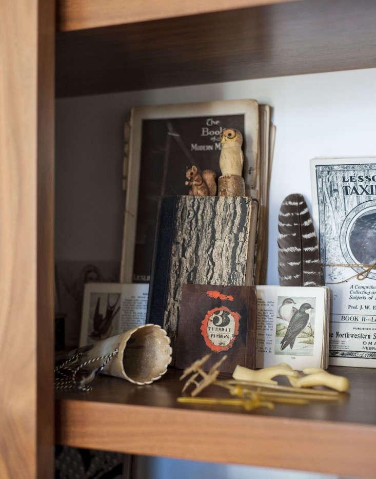 Dagmar-Daley-sliding-bookshelf-vignette-Remodelista