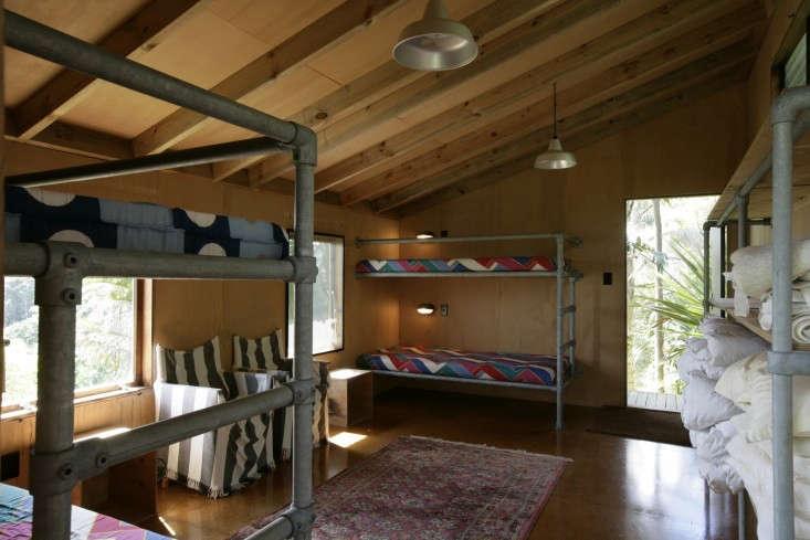 Davis-Bure-Pip-Cheshire-architect-Whale-Bay-NZ-Remodelista-26