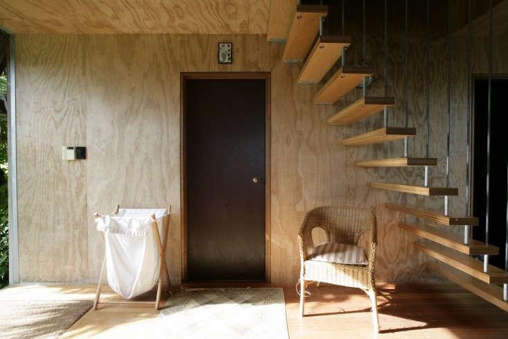 Davis-Bure-Pip-Cheshire-architect-Whale-Bay-NZ-Remodelista