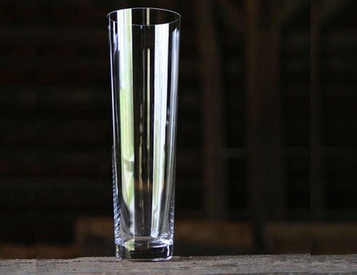 Deborah_Ehrlich-Crystal-Champagne-Glasses-Remodelista