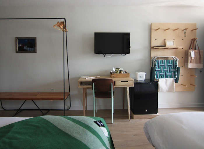 Dog-fish-inn-remodelista