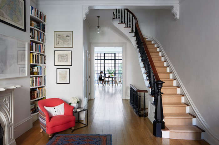 Drew-Lang-Carroll-Gardens-townhouse-remodel-Ty-Cole-photo-Remodelista-3