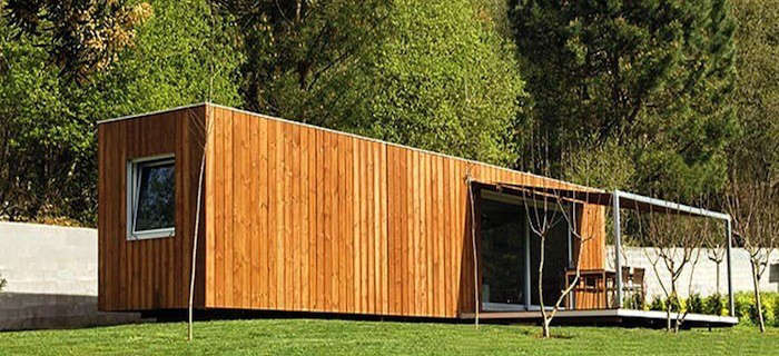 E-Studio-Long-Wood-Covered-Container